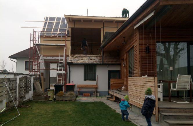wohnraumerweiterung baustelle garten vorgarten eingang tor dachboden dachausbau